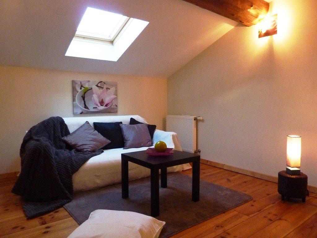 Home Staging: 2 pièces situé à Craponne